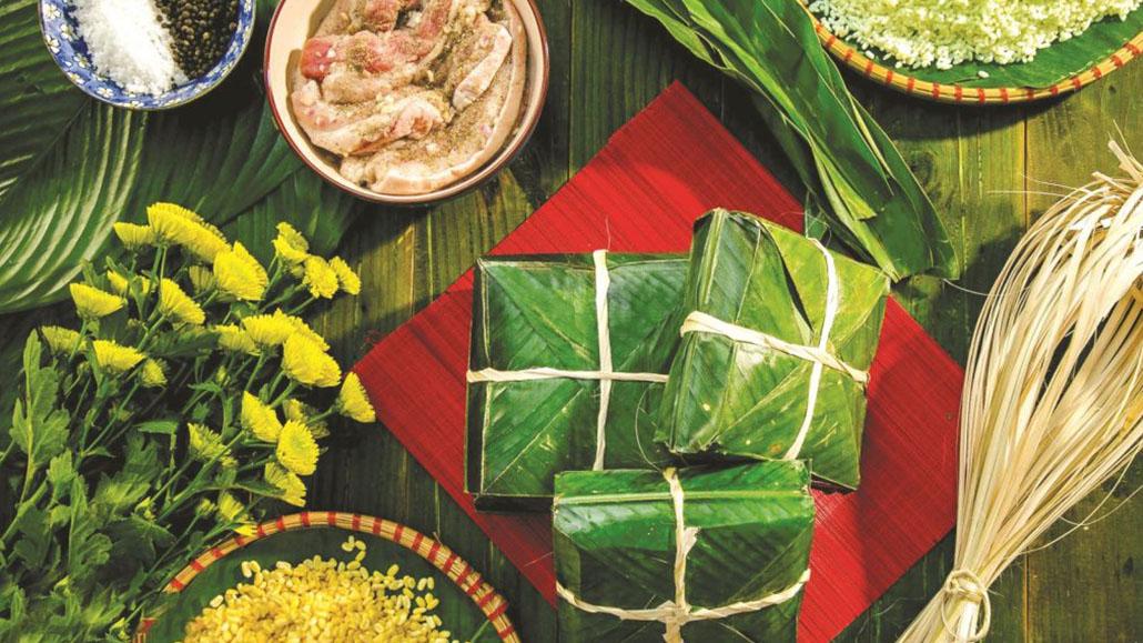 Prepare Bánh Chưng (Chung Cake) before Tet